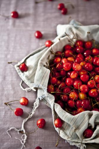 cherry-333x500.jpg