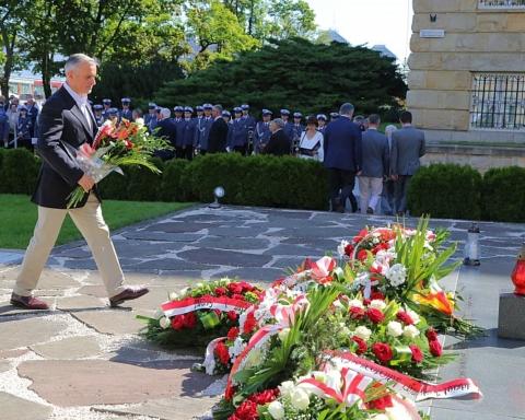 Obchody 77. rocznicy mordu na Wzgórzach Wuleckic