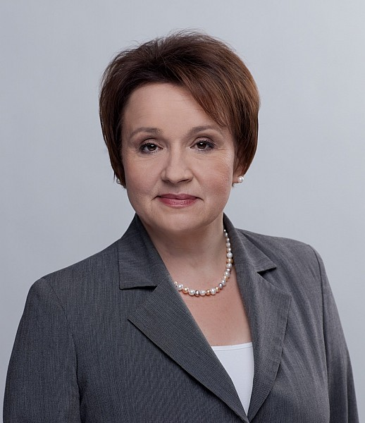 Posłanka pyta ministra o stypendia