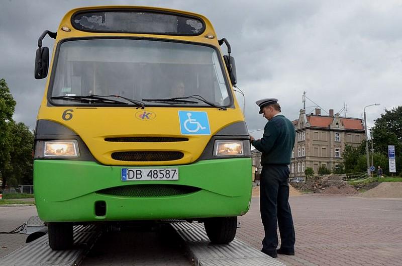 (Nie)bezpieczne autobusy