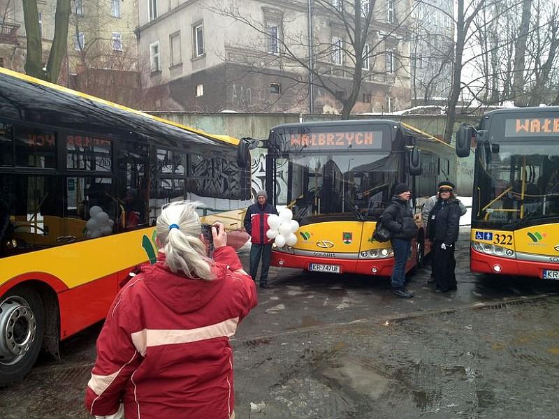 Do niedzieli kursują dodatkowe autobusy