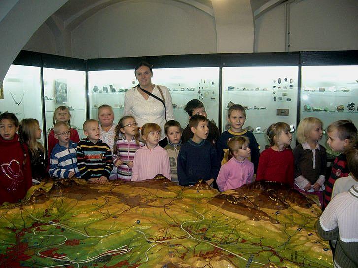 Sześciolatki w muzeum