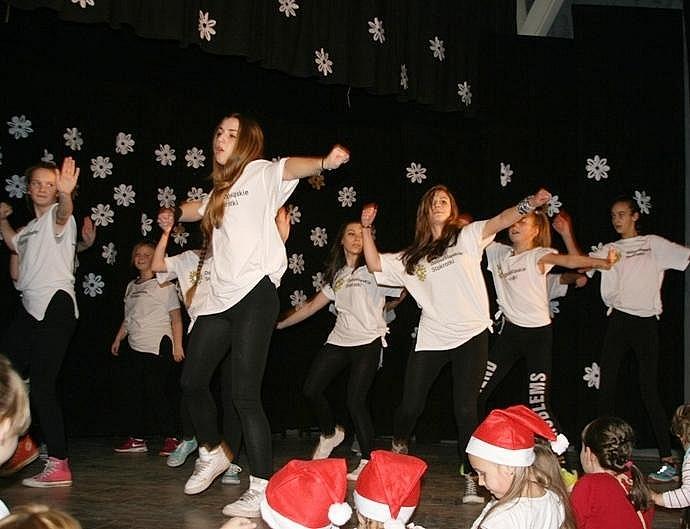 Pokaz grup tanecznych