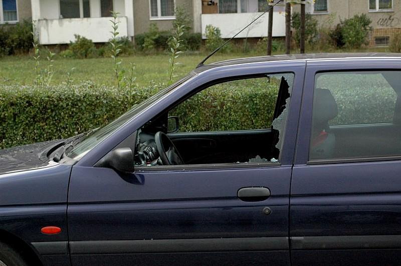 Kradł głównie radia samochodowe